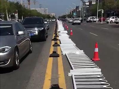 郑州航海路京式护栏2355米